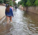 Pioggie-abbondanti-e-fogne-inesistenti---Strade-che-diventano-corsi-di-acqua